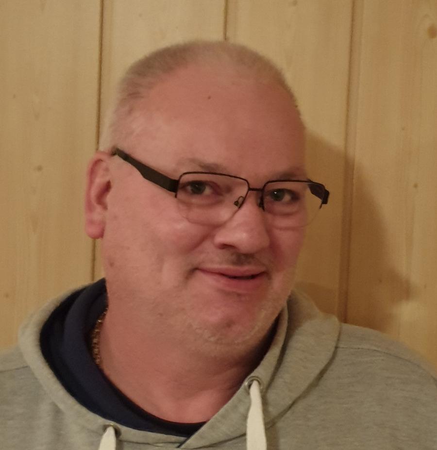 Dirk Schubert